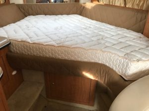 2006 Sear Ray 300 Sundancer Mattress