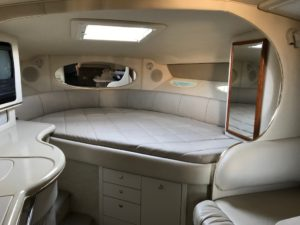 Sea Ray 310 DA Mattress