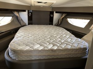 Sea Ray 400 Sundancer Mattress