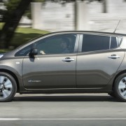 04.22.16 - 2016 Nissan LEAF