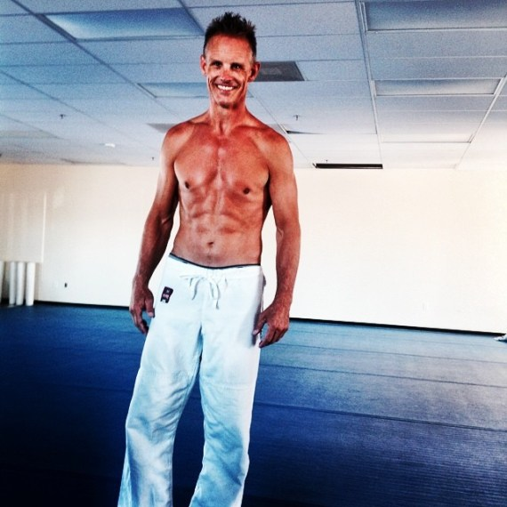 "Marcus ""Bones"" Boness Living Lean at 44"