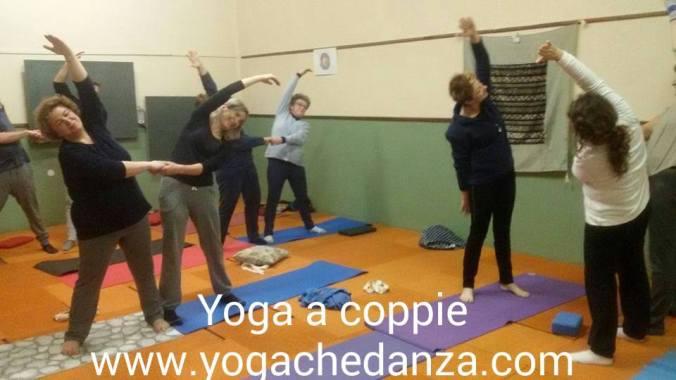 Lezione Yoga a Coppie a Montorso