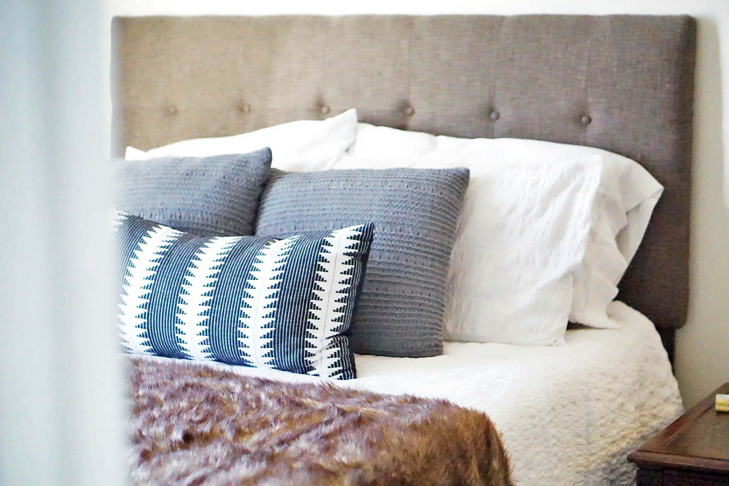 How to Style A Bed in Neutrals