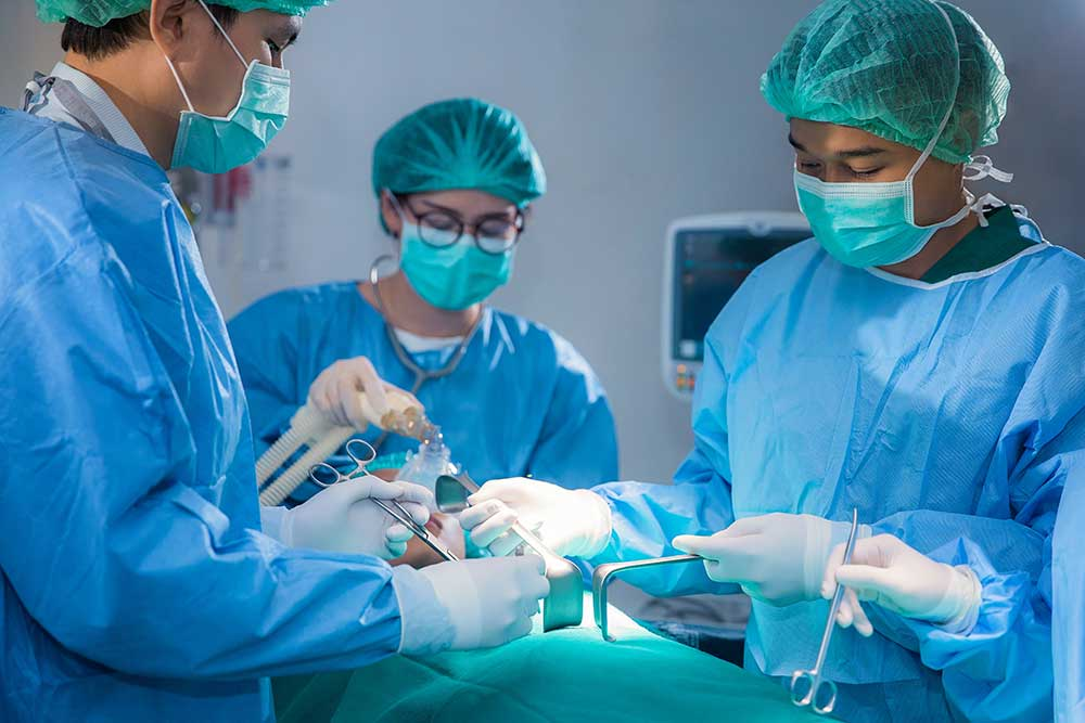 What does a Surgical Tech do How to Become a Surgical Technician