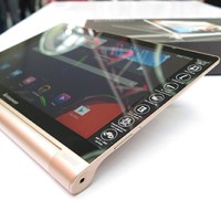 First look at the Lenovo Yoga Tablet 10 HD+