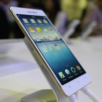 Oppo R5 hands-on, first impressions