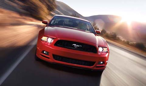 2013_Ford_Mustang_Front_View