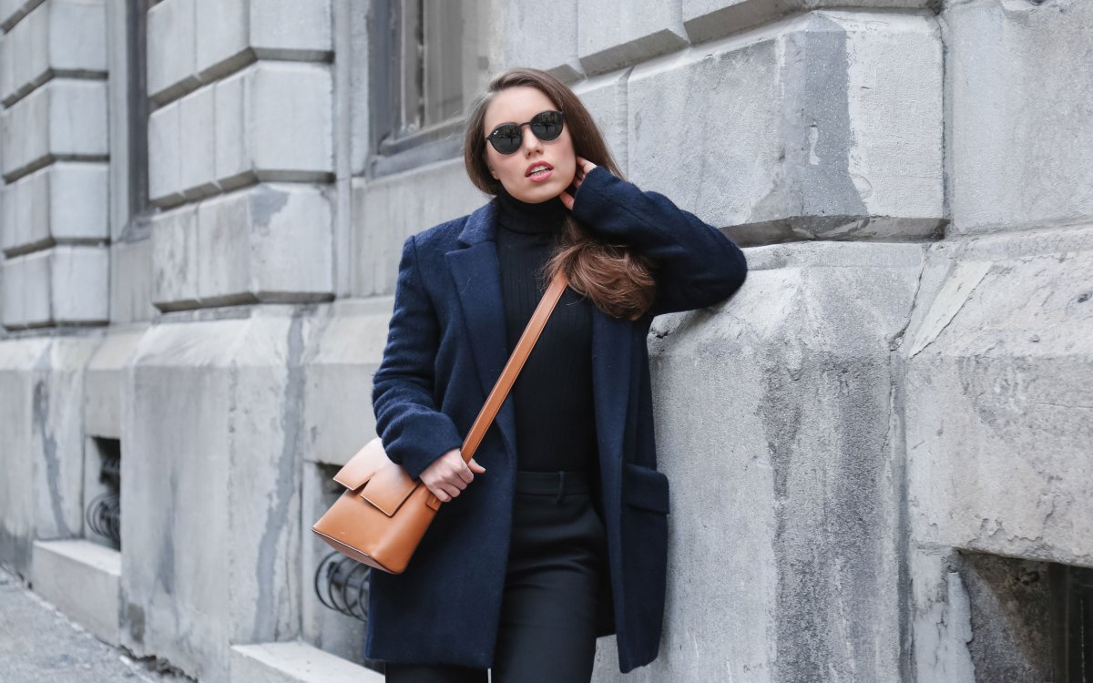 The Best Way To Wear Navy and Black in One Outfit