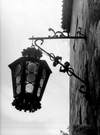 Bran castle- front lantern