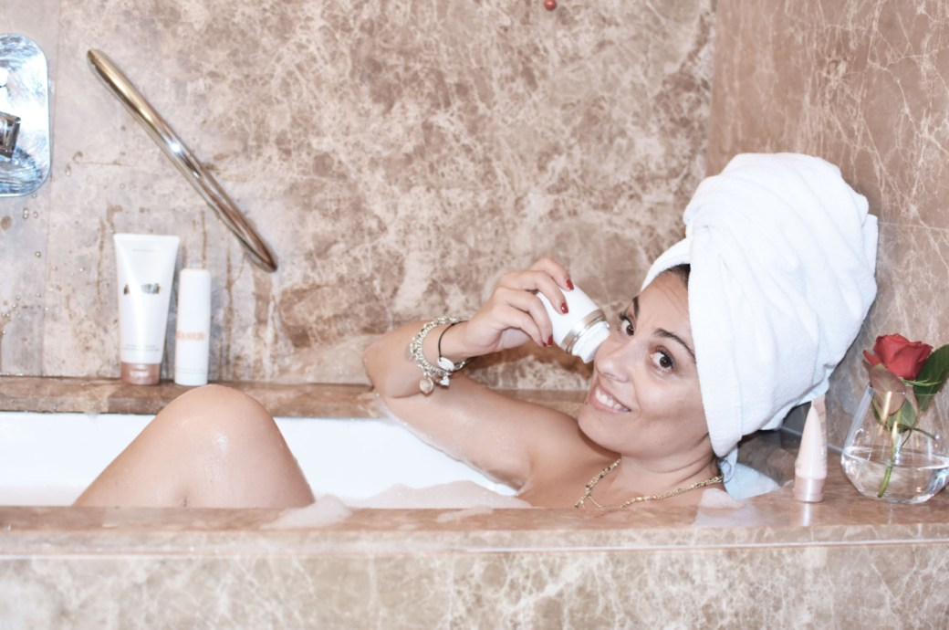 clarisonic-mia-fit-valentina-coco-beauty-luxury-vasca-da-bagno