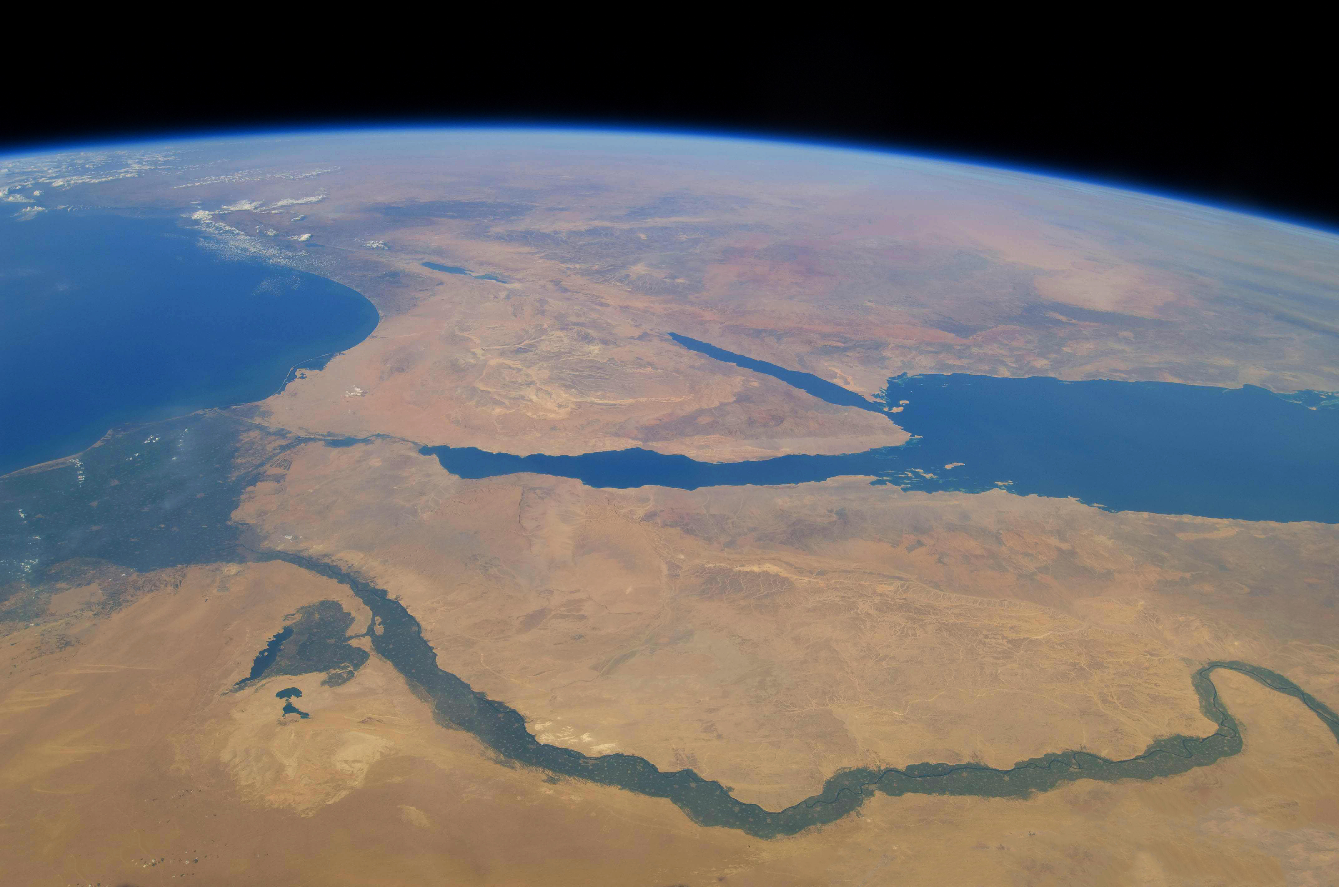 Iss Wallpaper Hd Egypt From Space Published By Zezo7 On Day 2 631