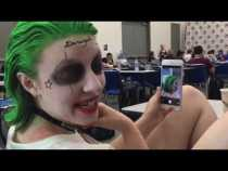 Malia Comic Con Cosplayer Checks Herself Out On iPhone #SDCC
