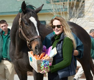 Zenyatta with Ann and her birthday basket. Photo by Kyle Acebo.
