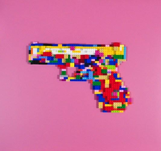 Glock - lego su tavola, 60x60