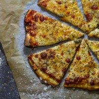 Jak zrobić prawdziwą włoską pizzę?