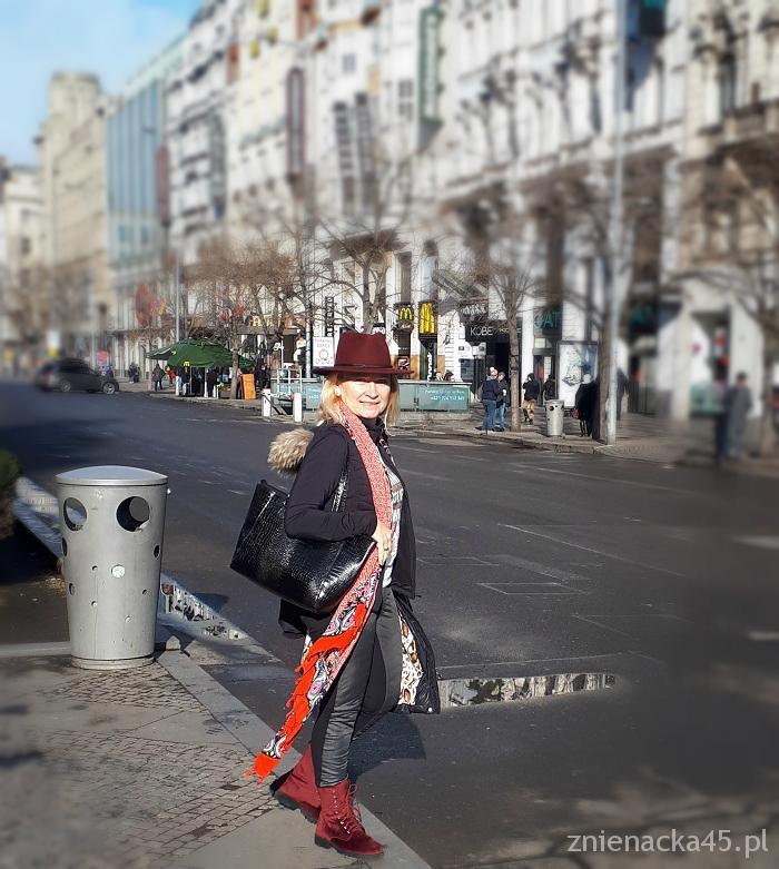 bordowy-kapelusz-4a