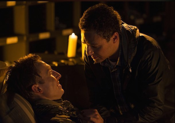 Gore, Zombies, Rampant Explicit Violence: But a Gay Kiss Causes Outrage on 'The Walking Dead'?