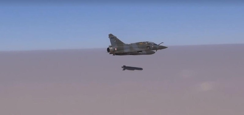 Mirage 2000D lanzamiento SCALP EG Francia