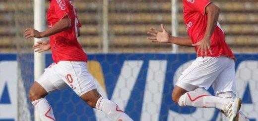 Ciciliano celebra su gol