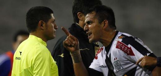Vergonzosa actuación de arbitros ecuatorianos