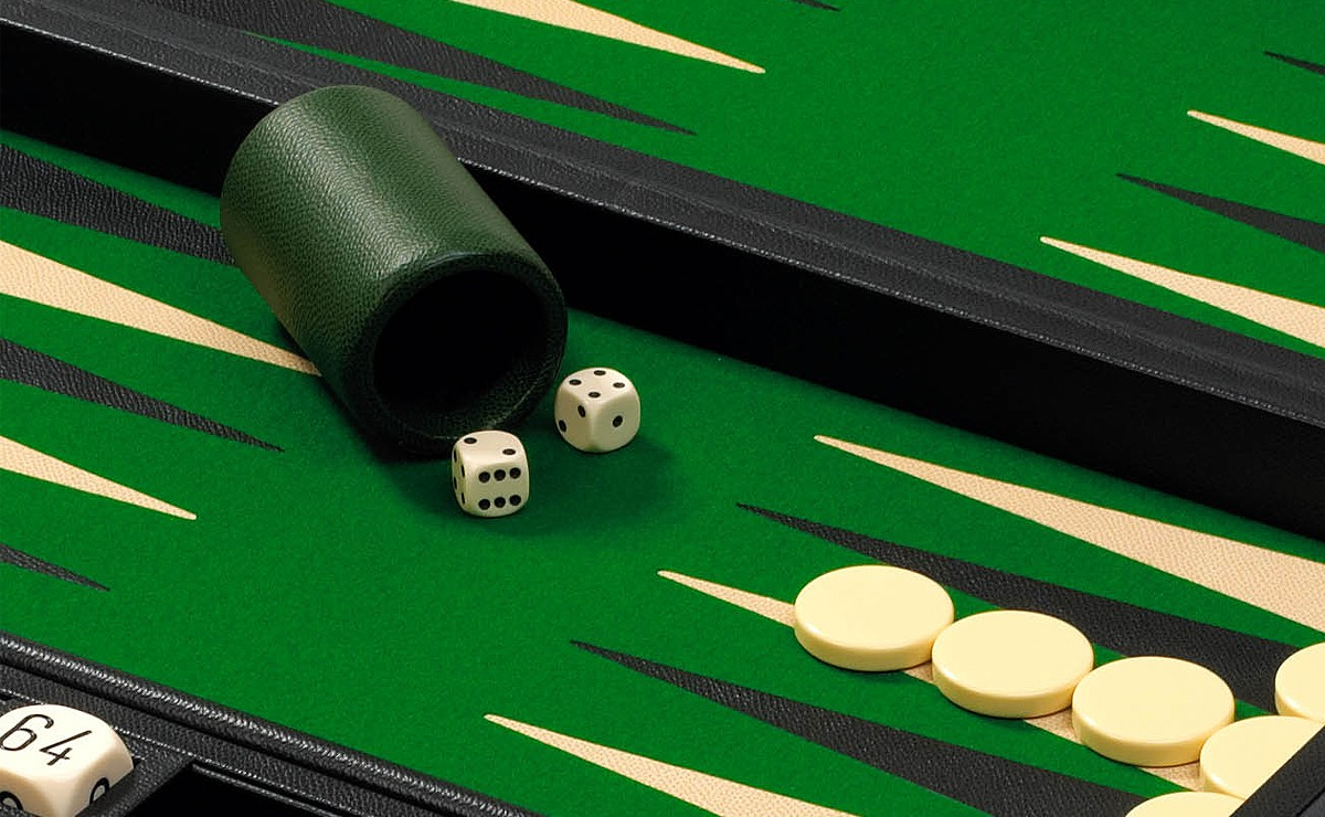 Club Backgammon Set In Ebony Green Zontik Games