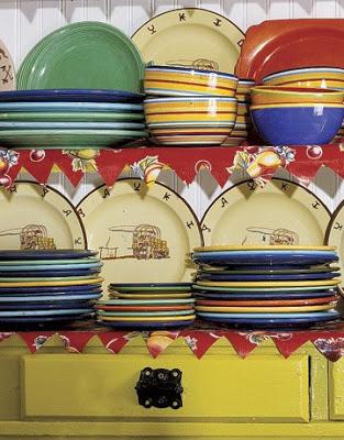 Bright-Striped-Bowls-Plates-HTOURS0706-de1