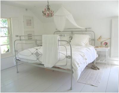 biała-sypialnia
