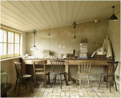 inspiracje-filmowe-krzesła-i-piękny-stół