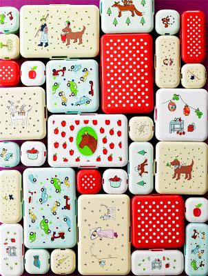 lunchboxes.jpg@p0x0-q85-M1280x1024-FrameNumber11