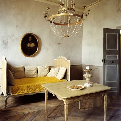 Country_French_Living_Room_photo_by_brocantegirl1