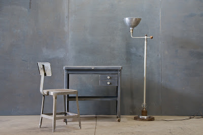 1420_2152vintage-industrial-steel-moden-desk1