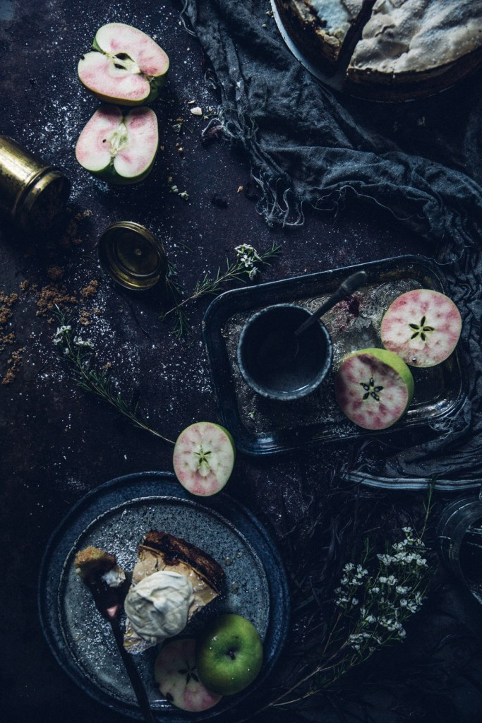 winter-nordic-cake-with-a-rhubarb-black-current-rose-jam-photography-styling-by-christiannkoepke-com-29