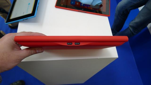 Nokia Lumia 2520 - 6