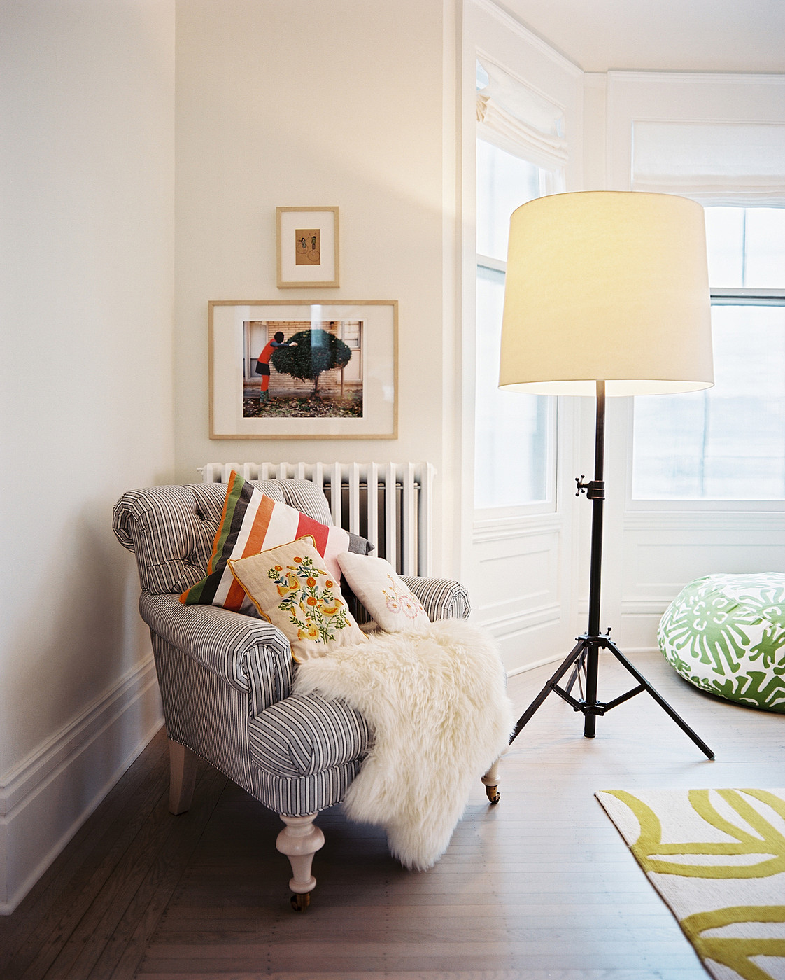 Corner Lamps For Living Room Create A Cozy Reading Nook Me Moments 2014 Lonny