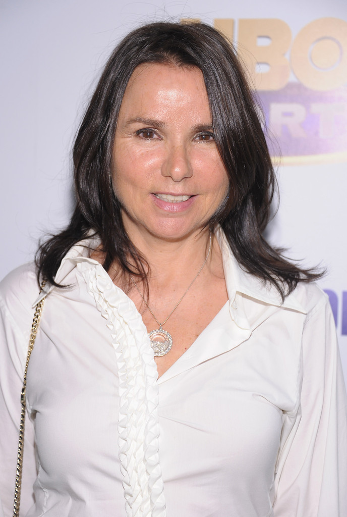 Effortless Long Hairstyles Patty Smyth Medium Layered Cut Medium Layered Cut
