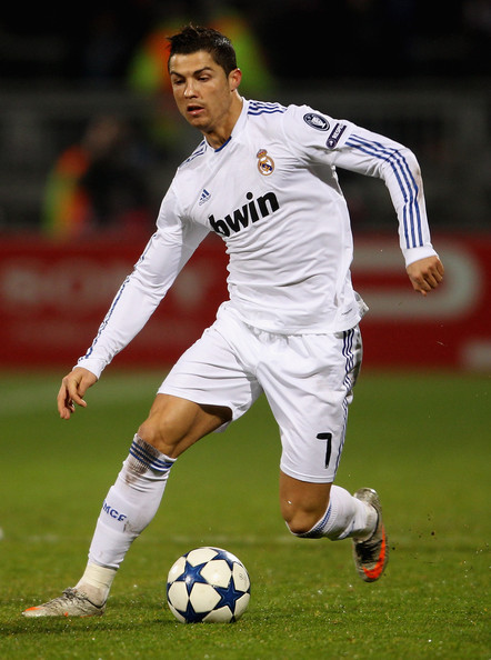 Cristiano Ronaldo Resimleri C 27 Cristiano Ronaldo Cristiano Ronaldo of Real Madrid in action during x