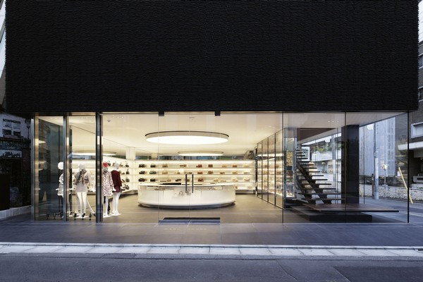 MARC JACOBS Aoyama Store