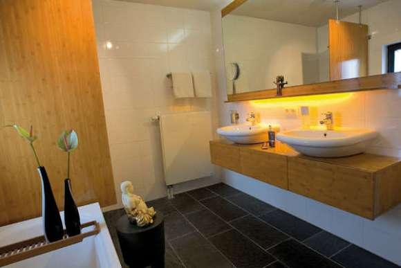 COEN Apartment Bathroom