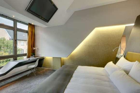 Bedroom (Images Courtesy Jan Bitter)