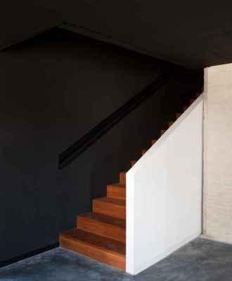 Stair (Image Courtesy Fernanado Alda)