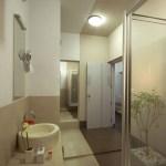 Bathroom (Image Courtesy LIJO RENY architects)