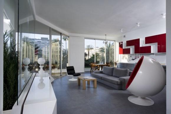 Interior View (Images Courtesy Assaf Pinchuk)