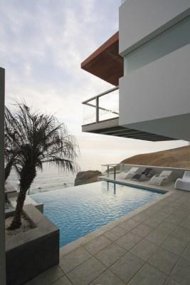 Exterior View (Image Courtesy Juan Solano)