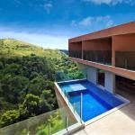 Exterior View (Images Courtesy Jomar Bragança)