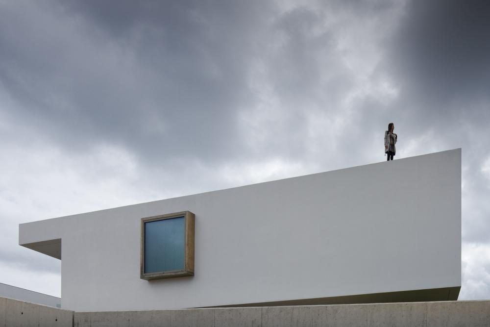 Archshowcase house in lagos portugal by mario martins for Carlos house lagos