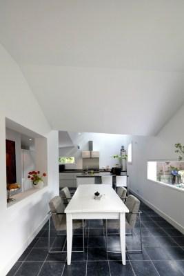 Interior-dining room (Image Courtesy Ossip van Duivenbode)