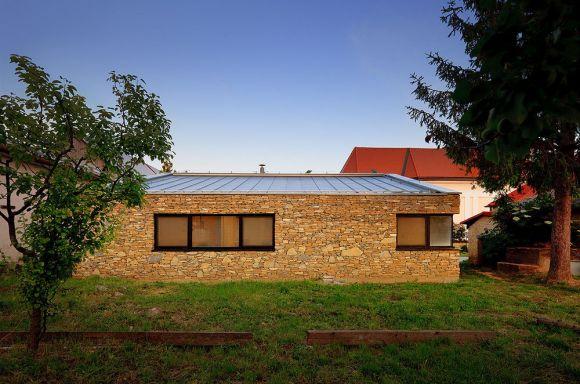 Exterior View (Images Courtesy Paťo Safko)