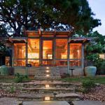 Tree House Porch