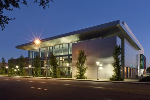 The main performance hall in Arcadia High School's new Performing Arts Center incorporates ground level and mezzanine seating for 1,200 and a stage with capacity for up to 200 musicians : Image Courtesy © RMA Photography