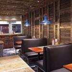 Burgers & Cocktails by Giraffe / Harrison